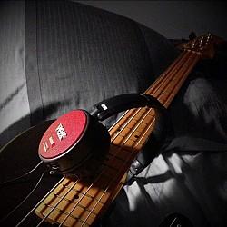 Vox amPhone Bass - Slúchadlá s integrovaným zosilňovačom