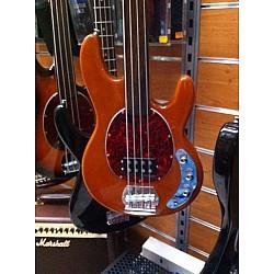 Spark Musicman fretless - Elektrická basgitara